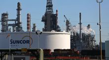 Buffett's Suncor bet to revive investor interest in Canadian energy