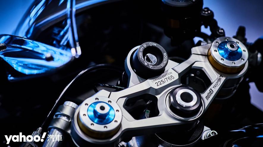 唯一官方認可道路化廠車!Triumph Daytona Moto2 765 Limited Edition實車鑑賞! - 8
