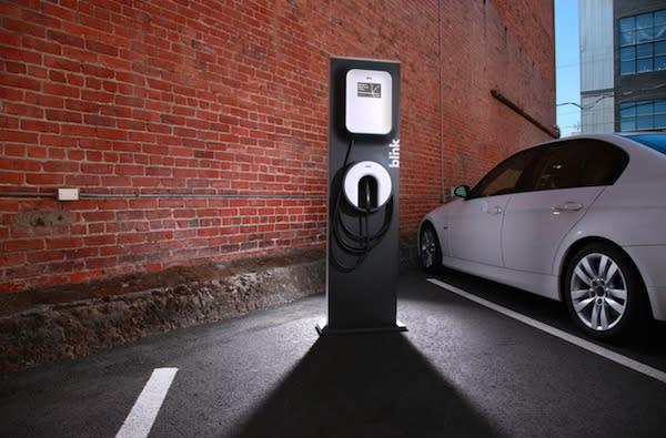 Best Buy teams up with ECOtality to install EV charging stations at 12 stores