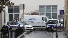 Ataque com faca deixa feridos perto da antiga sede do Charlie Hebdo, em Paris