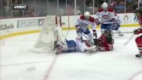 Peter Budaj stretches out to deny Henrique