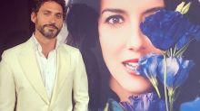 Paco León celebra el éxito de 'La casa de las flores' cantando por Rosalía