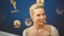 Kristen Bell says that she smokes weed 'once a week' — and that sober husband Dax Shepard doesn't mind