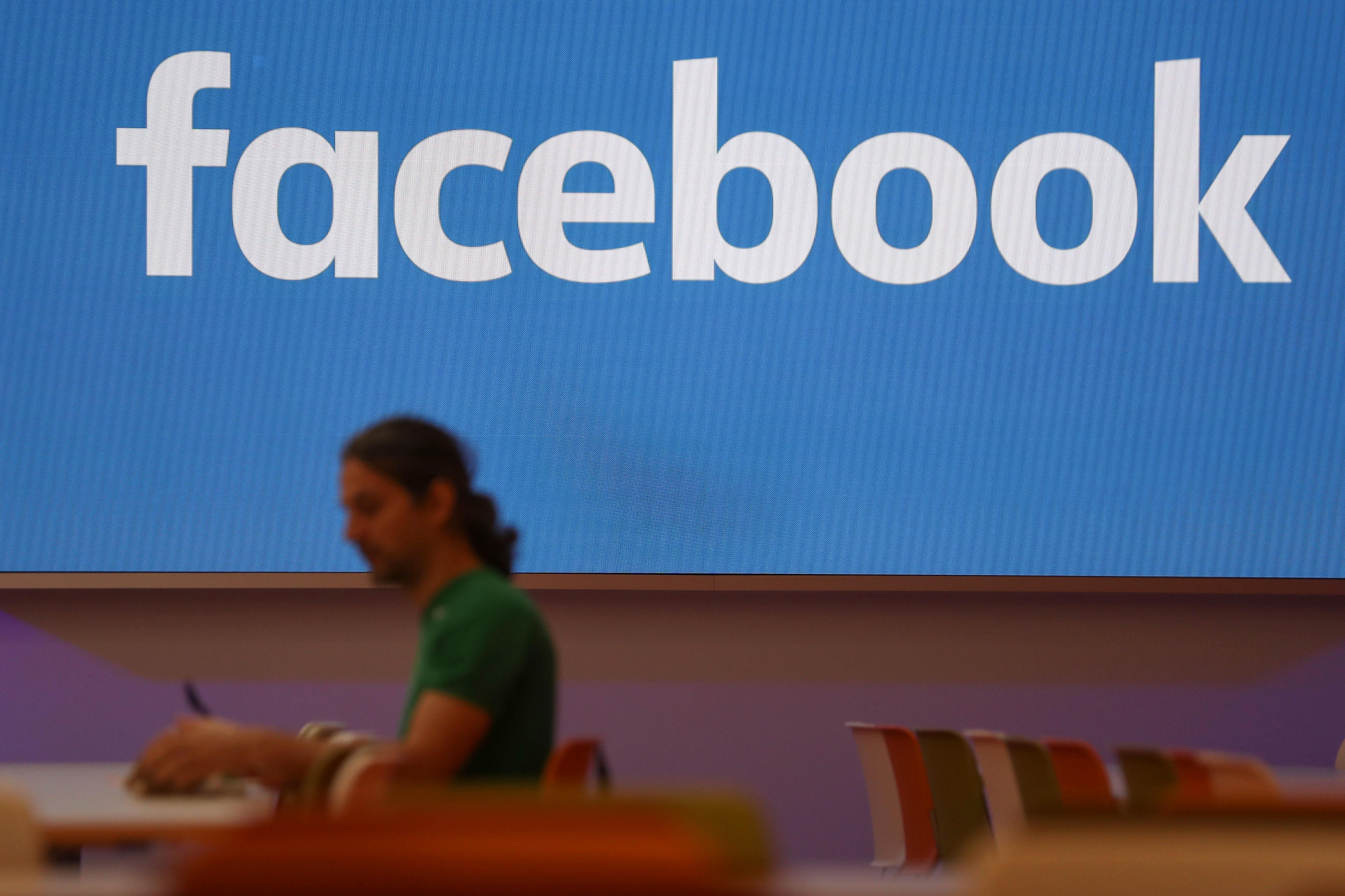 Conservative Facebook employees angry about company's 'intolerance'