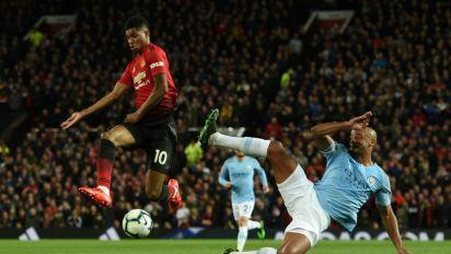 'Start playing like Manchester United', pleads Rashford