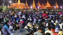 Thai protesters set to defy authorities, rally at Government House
