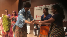 No one is immune from SRK's charm as he makes an old lady blush