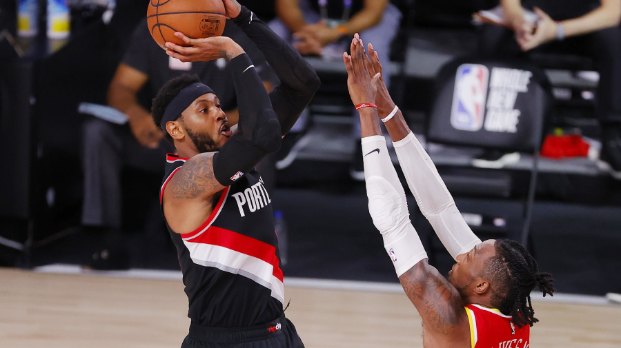 Melo comes through clutch again for Blazers