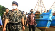 Indonesia arrests Vietnamese fishing boat crew after high-seas brawl