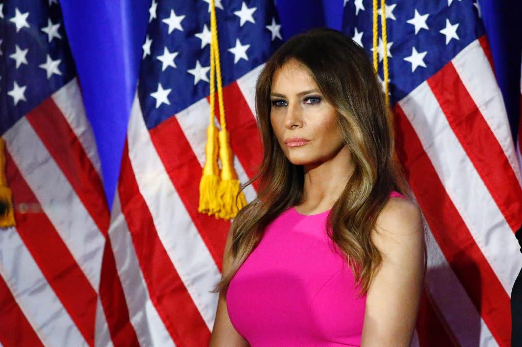 NY Post runs naked pics of Trumps wife again