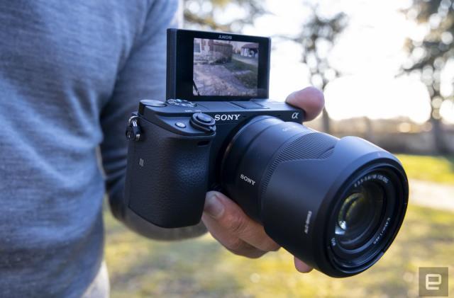 Sony A6400 camera review: Definitely not a vlogger's dream camera