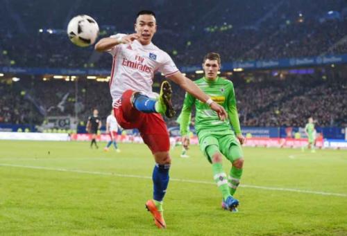 Hamburgo passa pelo Gladbach no Alemão; Schalke faz a trinca