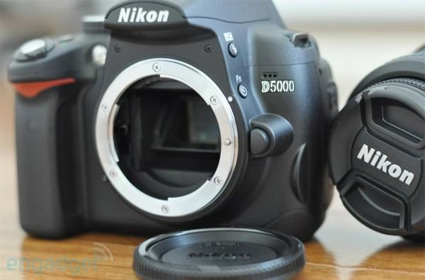 Nikon D5000 impressions, head-to-head with D90