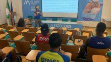 Medalhistas trocam experiência com os atletas da Missão Europa do COB