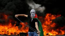 "Palestinians clash with Israeli forces on 70th anniversary of the Nakba (""catastrophe"")"