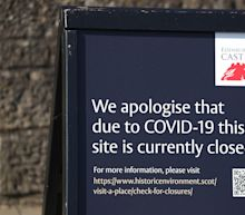 Coronavirus: Government set to extend UK lockdown as ministers plead with Britons to stay home over Easter