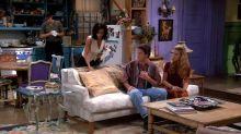 Courteney Cox visita el apartamento de Monica en Friends