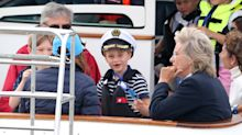 Prince George and Princess Charlotte cheer on Kate and William at King's Cup regatta