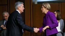 Elizabeth Warren: Jerome Powell has the same attitude as the Fed going into the 2008 crash