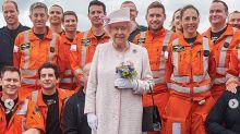 Brexit: los límites de la reina Isabel para intervenir en el torbellino político