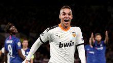 Leeds inglés contrata a atacante español Rodrigo desde el Valencia