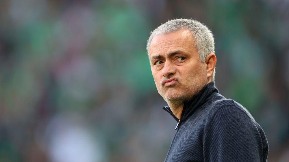 """Mourinho: """"Nunca hubiera vendido a Di María y a Chicharito"""""""