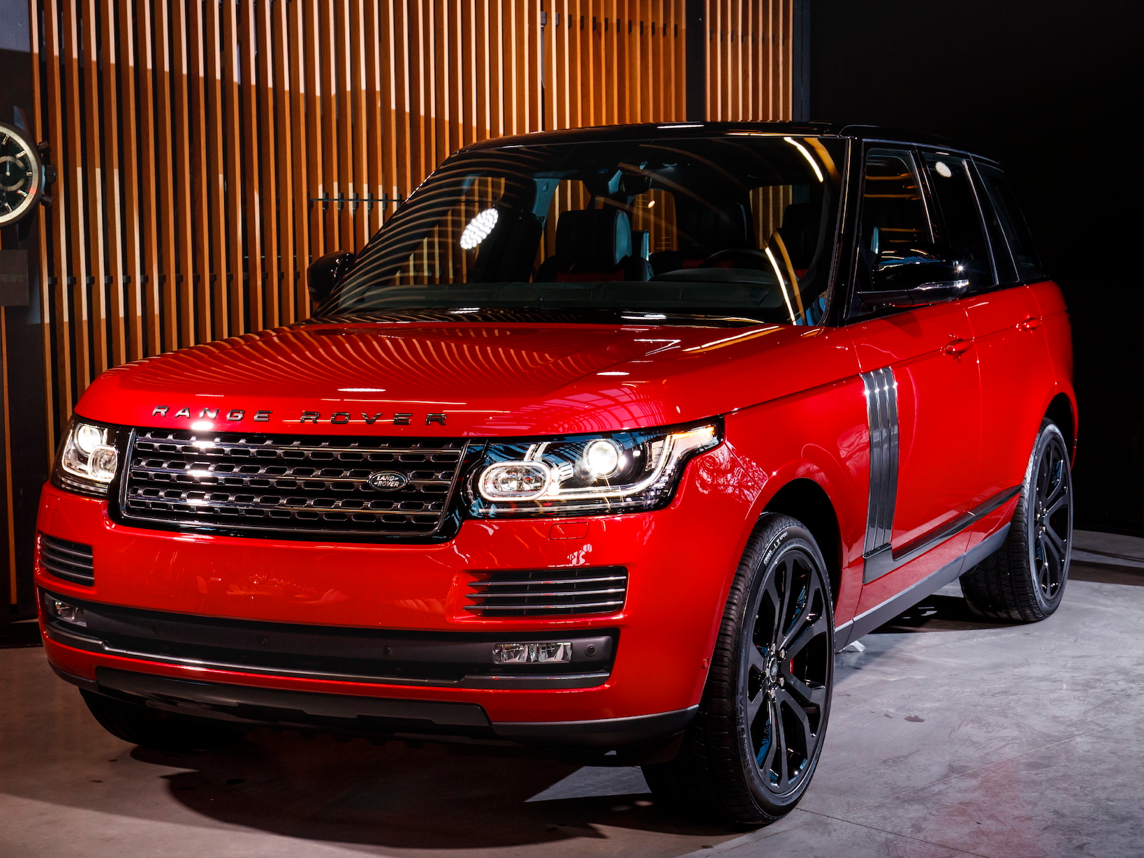 here 39 s the ultra luxe suv range rover has been saving for. Black Bedroom Furniture Sets. Home Design Ideas