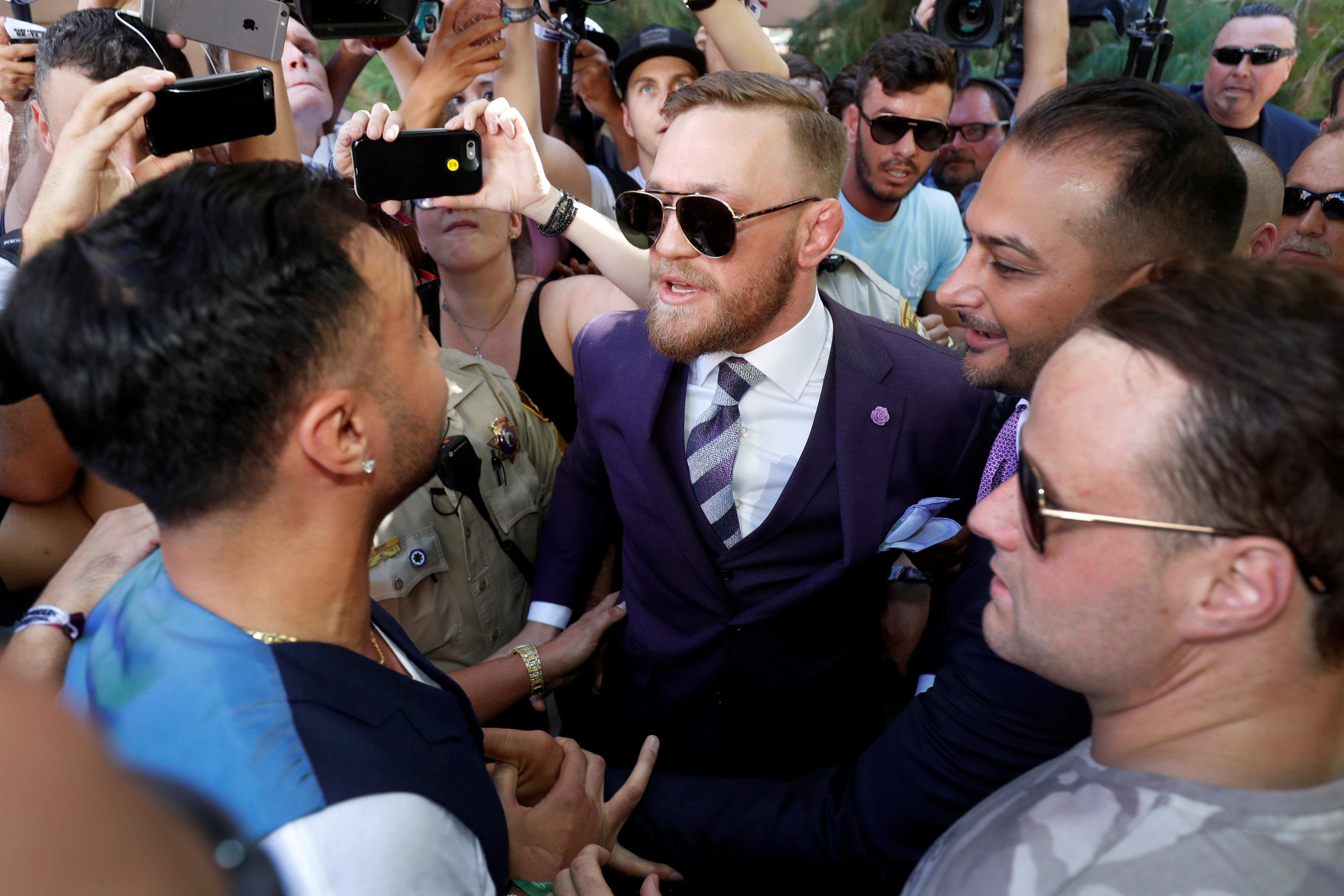 Sources: Conor McGregor planning on UFC return, not Paulie Malignaggi fight