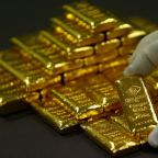 Gold treads water ahead of Fed policy statement