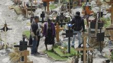 México llega a 46 mil muertes por COVID; confirman 7,700 casos más, aunque Salud insiste que van a la baja