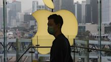 Apple survives shareholder revolt over free speech