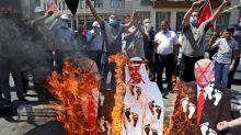 World leaders praise Israel-UAE deal as Palestinians cry foul