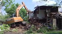 Eyesore comes down in SW Houston demolition