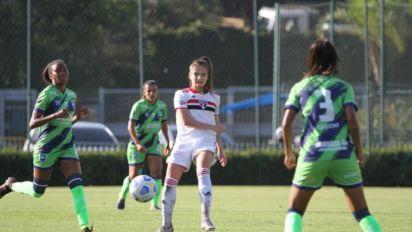 Feminino: São Paulo encerra sequência de clássicos sem vitória e com lesão de lateral-esquerda