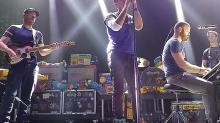 Coldplay Performs 'Imagine' as Tribute to Paris