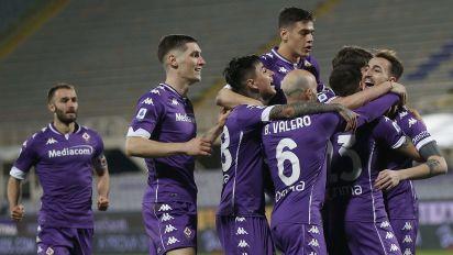 Presentate le nuove maglie della Fiorentina dal design vintage: il comunicato ufficiale del club toscano
