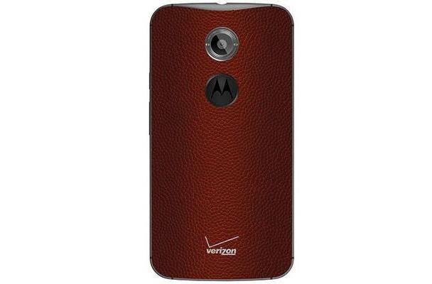 Football leather is now an option for Verizon's Moto X