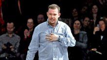 La vita di Alexander McQueen arriva al cinema: un biopic sul geniale stilista britannico