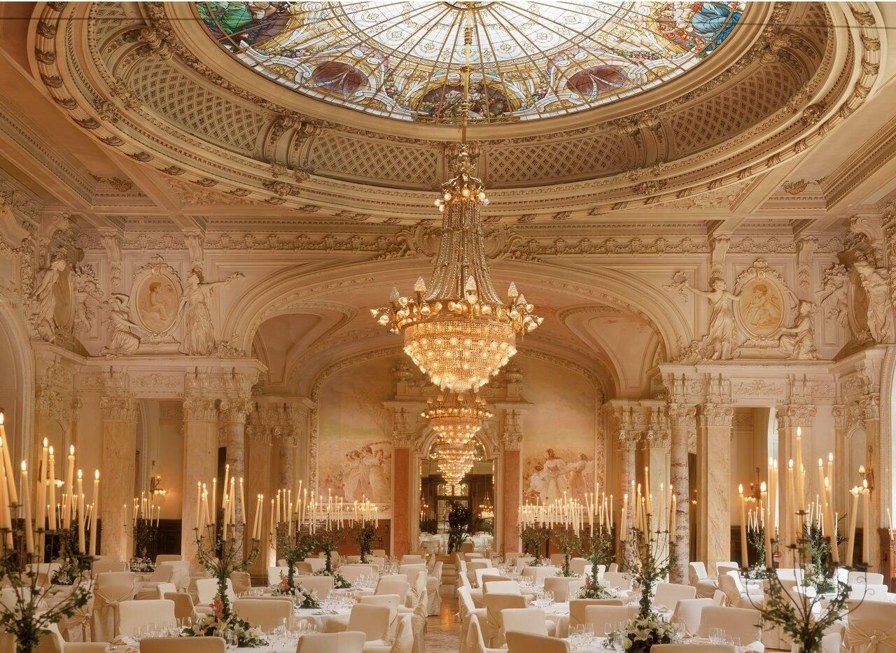 10 Luxury Hotels Where Famous Historical Events Took Place