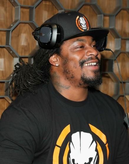 Nearly 400 Oaklanders Spent Their Saturday Afternoons Biking With Marshawn Lynch