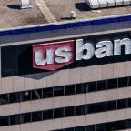 U.S. Bancorp (USB) Q1 Earnings Beat Estimates, Costs Up Y/Y