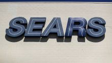 Sears to close more stores, sales continue fall in 2Q