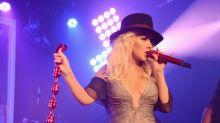 Christina Aguilera y su escote divino