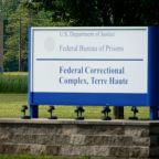 U.S. appeals court says first federal execution in 17 years can proceed Monday