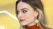 Margot Robbie turns heads in Oscar de la Renta at London Premiere