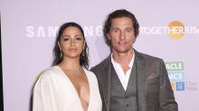 """Matthew McConaughey conta como conheceu esposa brasileira: """"falei português e espanhol"""""""