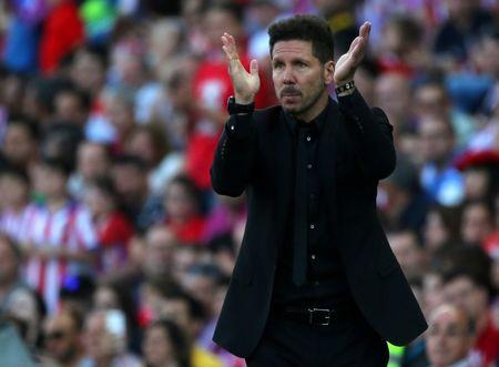 Football Soccer -  Atletico Madrid  v Osasuna - Spanish La Liga Santander  -Vicente Calderon stadium, Madrid