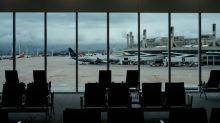 Companhias aéreas criticam restrições 'caóticas' e confusão que dificultam a recuperação