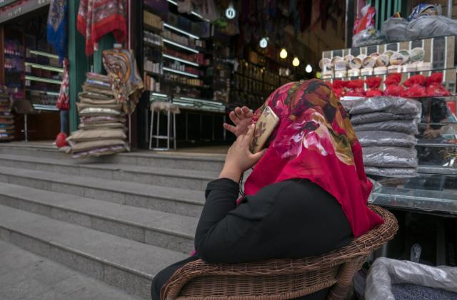 Sites stealing iPhone data reportedly targeted Uyghur Muslims