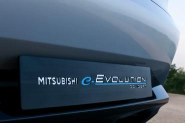 Mitsubishi重啟Evolution計畫,電動性能休旅e-Evolution概念車預計2021年量產推出